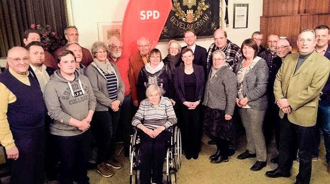 Vorstandswahlen Beim SPD Ortsverein Gevelsberg: Carola Dreher Und Benedict Grimm Verstärken Das Team