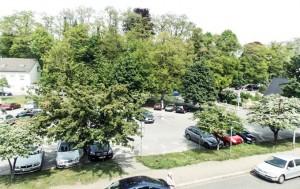 Parkplatz Weststraße erhalten und zum Innenstadtplatz gestalten