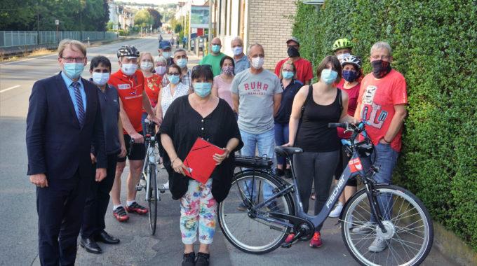 Sicherheit Für Radfahrer Und Fußgänger: SPD-Fraktion Vor Ort